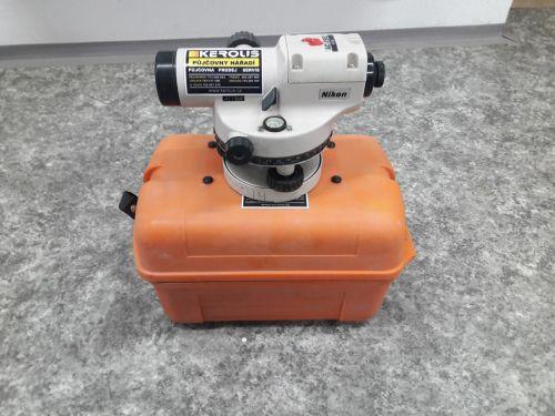 Nivelační přístroj Nikon AC-2S6 + kalibrační list